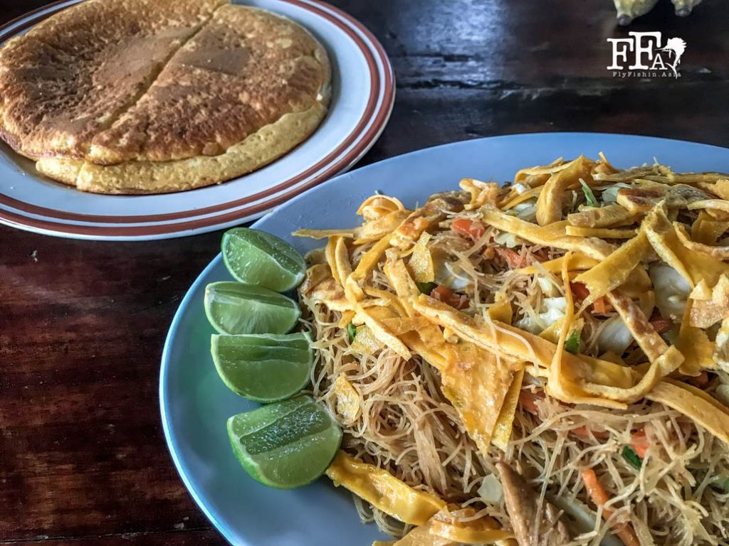 Fried thai noodle and pancake for this morning