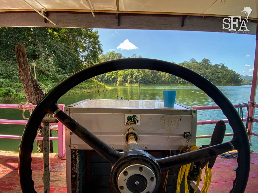 View from the houseboat captain's seat
